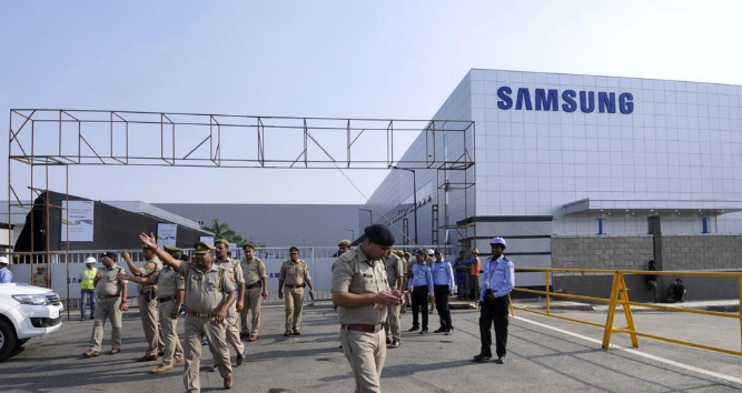 Samsung India Opens Mobile factory in Noida: World's Largest