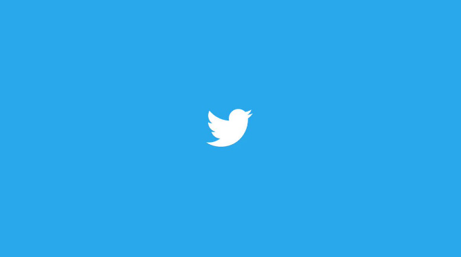 Twitter's new Multitasking Tool lets you Dock the Video and Scroll Timeline
