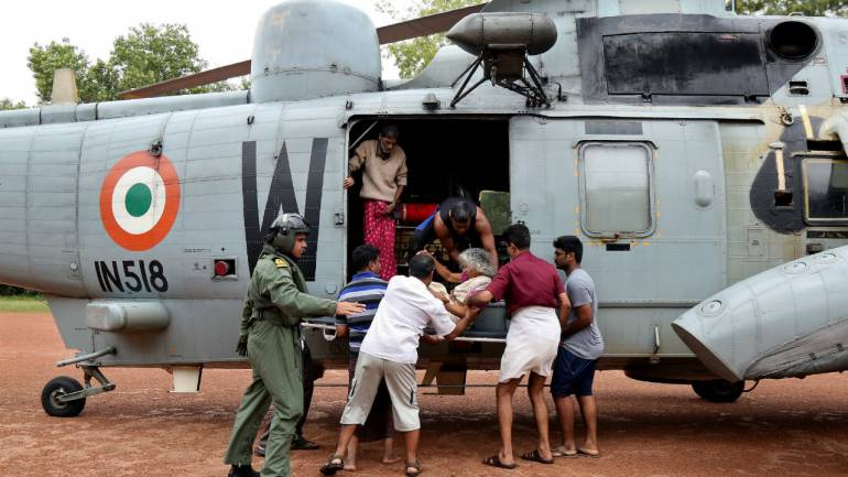 Kerala Floods: Indian Navy rescued 17,000 people from Floods