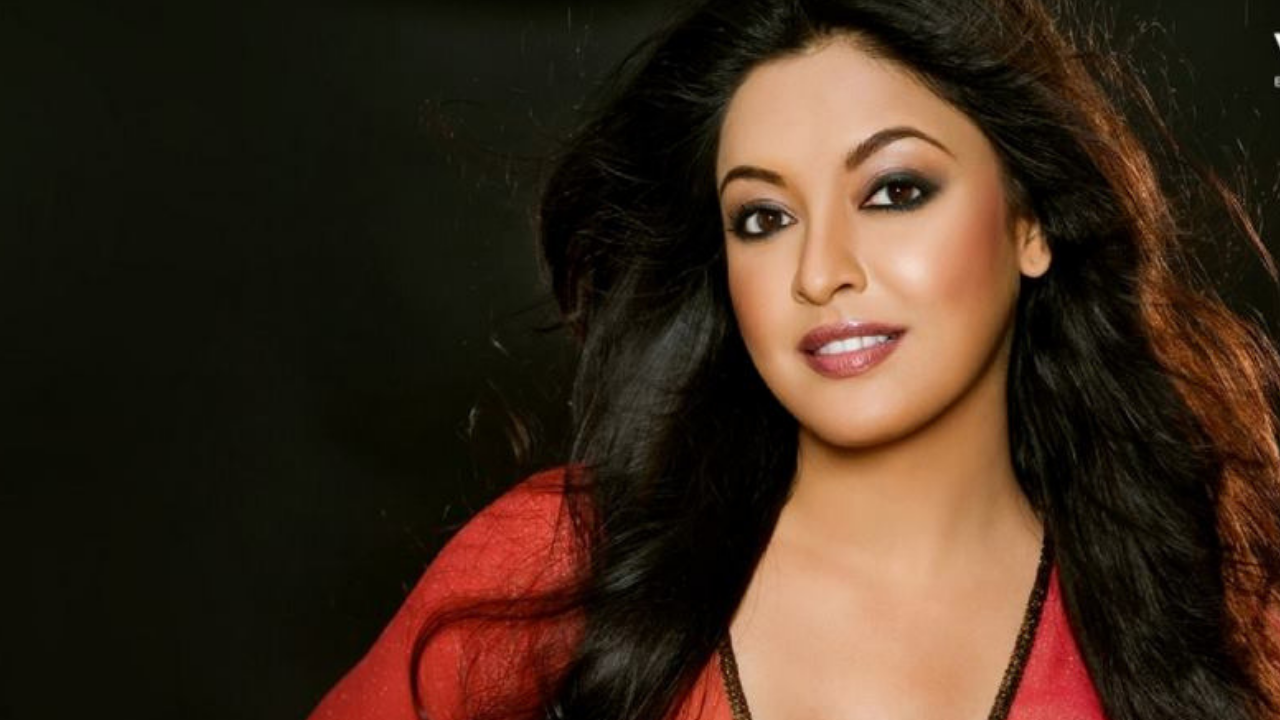 Tanushree Dutta says: Threatened by MNS Party with Violent Attack