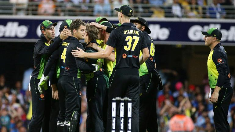 Australia beat India in first T20I by 4 runs (DLS) at Brisbane