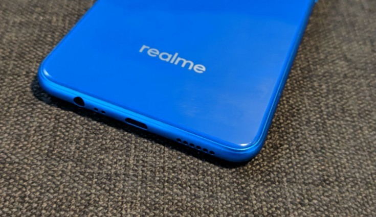 Realme Phone available in in offline at Reliance Digital & Jio Store