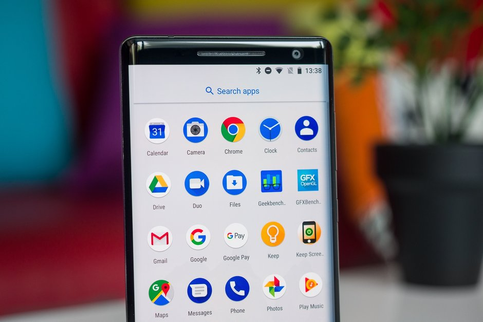 Nokia 8 Sirocco receiving Android 9.0 Pie update