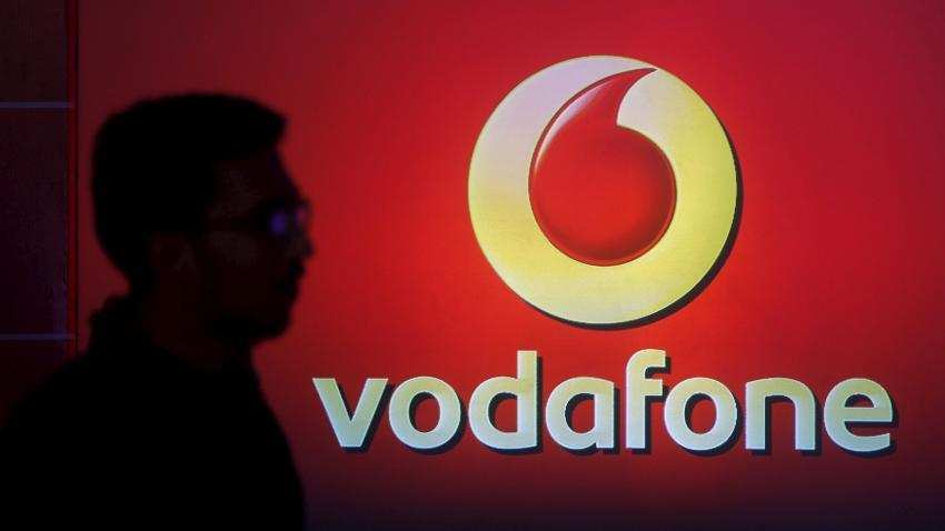 Vodafone Prepaid Consumers get 1.5GB daily data, Free calling for 365 days: Here's how