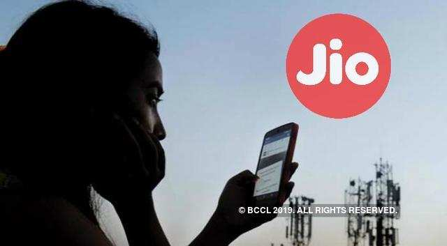 Here's How you can still make free calls from Jio to Other Mobile Networks
