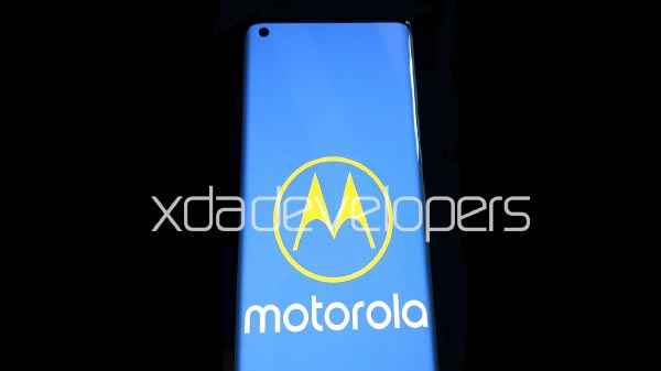 Leaked!! Motorola Edge+ Live Images Surfaced on Web With Punch-Hole Camera