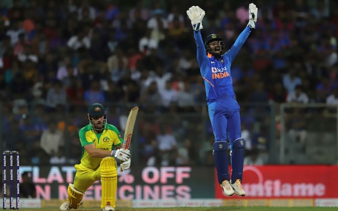 You can't replace MS Dhoni behind stumps, pressure is immense: KL Rahul