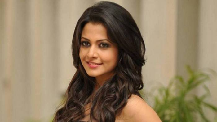 Bengali Actress Koel Mallick and Family Test Positive for COVID-19