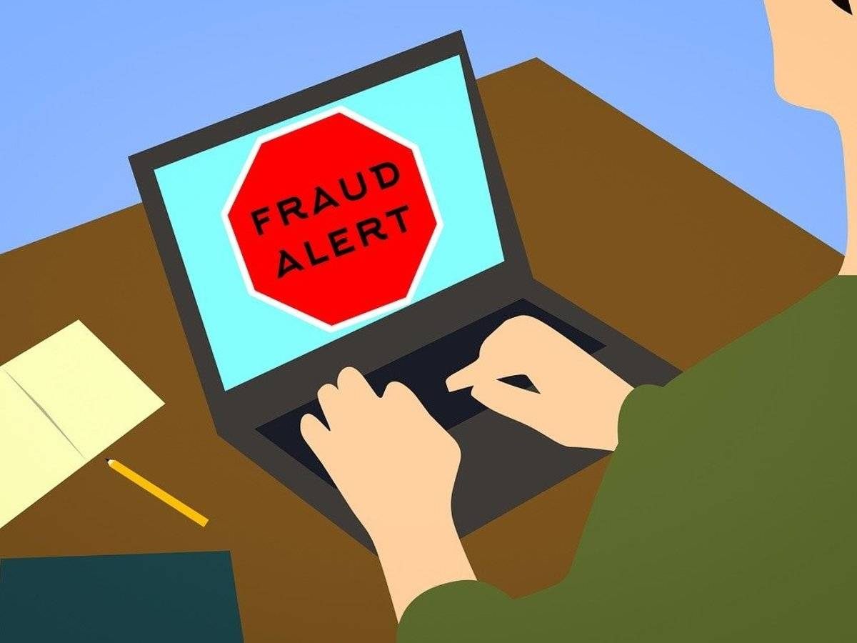 Beware!! Fake Flipkart, Amazon Clones are Trying to Scam People